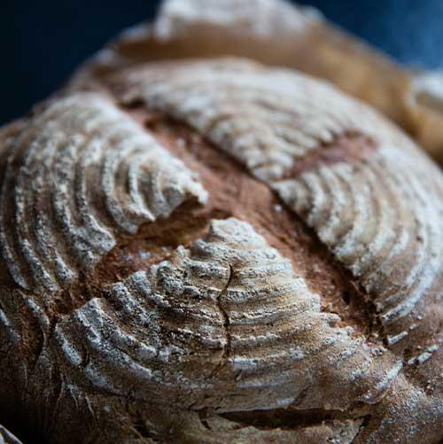 Søndagsbrunch, hjemmebagt brød
